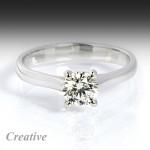 Luxusní zásnubní prsten s diamantem