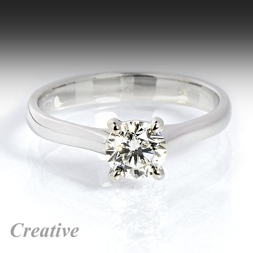 Luxusni Zasnubni Prsten Se Zirkonem